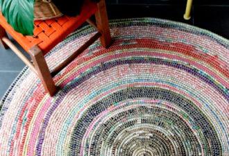 Создающие уют коврики из веревки и остатков ткани