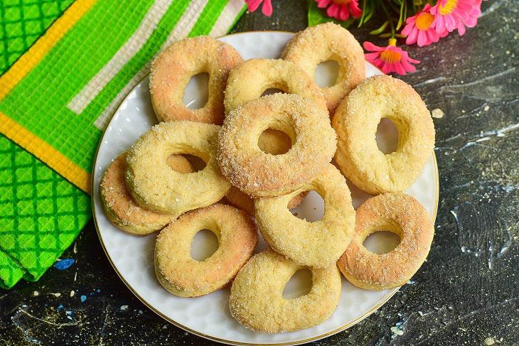 Мягкое и хрустящее печенье «Сахарные колечки» к чаю