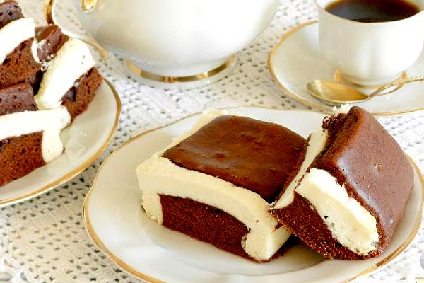 Шоколадный пирог «Подушки» с творогом